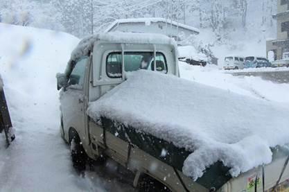 軽トラ 平シート 雪