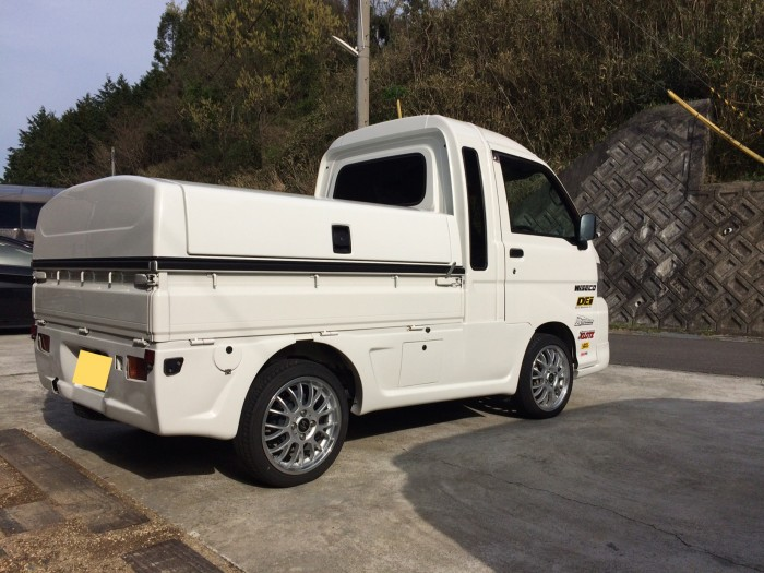 軽トラ専用荷台ボックス「トラボ」の受注台数が大幅に増えています!