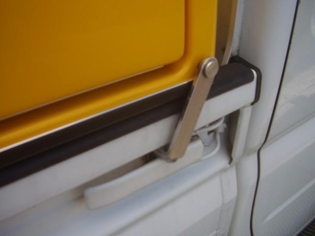 軽トラ荷台に載せている荷物の盗難が不安な方におすすめのボックス
