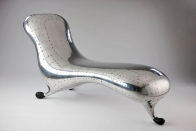 マーク・ニューソンの椅子_1